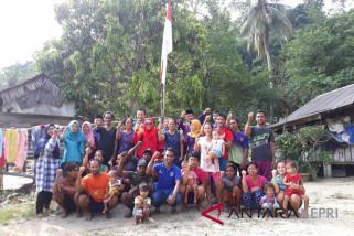 Penghuni pulau terluar jauh hari kibarkan bendera