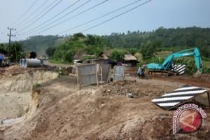 Lelang Proyek Lampung Timur Lamban?