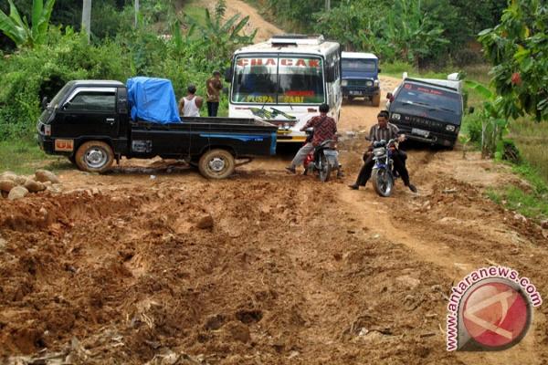 Jalan Di Pedalaman Lampung Tengah Terancam Terputus