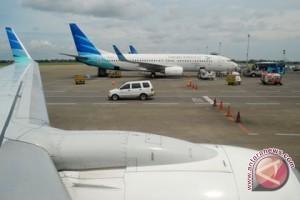 Buka Pintu Darurat Pesawat, 25 Ditahan