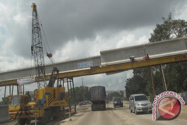 Tuntaskan Segera Pembangunan Jembatan Layang