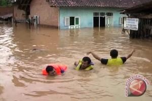 Puluhan rumah di Jember terendam lumpur