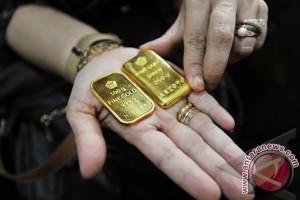 Harga Emas Turun Karena Dolar AS Menguat