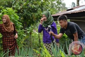 Rumah Kolaborasi Gelar Pelatihan Fotografi Warga Desa