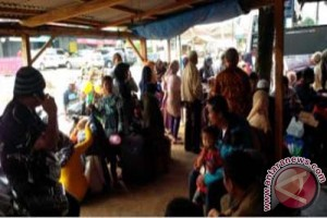 Arus balik dari Kotabumi Lampung padat