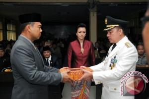Rycko Menoza serahkan jabatan Bupati Lampung Selatan