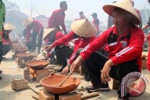 Bupati Lambar: Jadikan minum kopi sebagai budaya