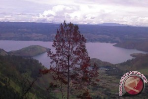 Lake Toba among 10 tourism destinations prioritized by government