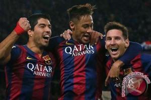 Trio Barcelona cetak gol kalahkan Arsenal 3-1