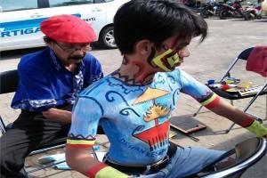"Kejutan ""Body Painting"" Komite Seni Rupa DKL"