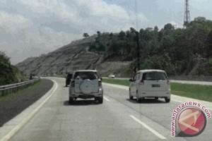 GTO dioperasikan,  lalu lintas tetap macet