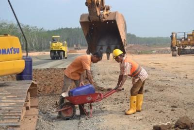 Tol Trans Sumatera mulai tarik investasi