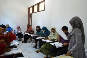 """UPT Bahasa Darmajaya Selenggarakan Kursus TOEFL dan """"Speaking"""""""