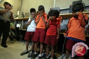 Kemkominfo dorong perlindungan anak dari internet negatif