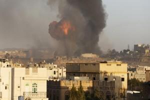 Pesawat Saudi serang pasar Yaman, 25 tewas