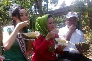 Putri Lingkungan 2016 Promosikan Kampung Durian Bandarlampung