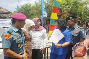 Sido Muncul-TNI AL Operasi Katarak Gratis