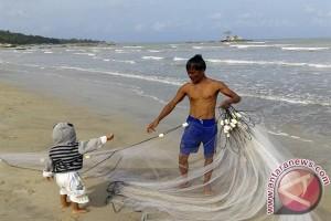 Akibat limbah, populasi laut anjlok hingga 40 persen