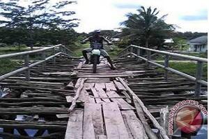 Lampung bangun 10 jembatan
