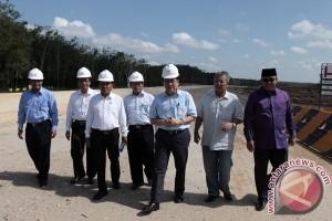 Ketua DPD Pantau Progres Jalan Tol