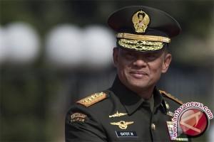 Jenderal Gatot : TNI-Rakyat Harus Bersama Pertahankan NKRI
