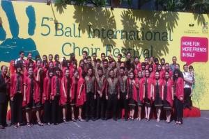 Paduan Suara Bivoc SMAN 2 Bandarlampung Sukses di Bali