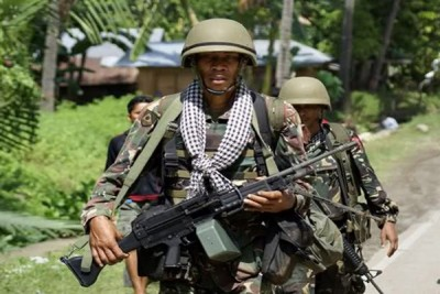 Militer Filipina bunuh 11 pegaris keras