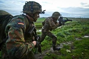 NATO akan bangun kekuatan militer terbesar di perbatasan Rusia