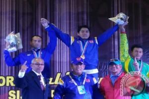 Tiga lifter Lampung dapat emas semua