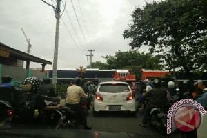 Warga Keluhkan Kemacetan Perlintasan KA Sultan Agung