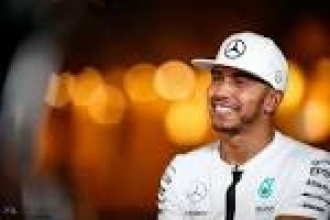 Hamilton pangkas keunggulan Rosberg