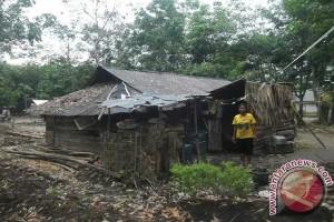 Di Kabupaten Mesuji, program bantuan rumah tak tepat sasaran