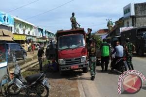 TNI bersihkan pasar