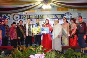 Anggi-Nezia Putra Putri Kampus Darmajaya 2017