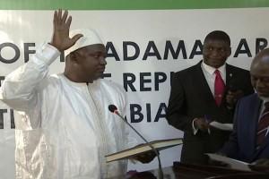 Presiden baru Gambia dilantik di Senegal