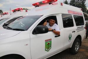 Mustafa sosialisasikan ambulan gratis lewat ronda
