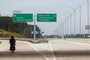 Pemprov Lampung kawal penuntasan pembangunan jalan tol