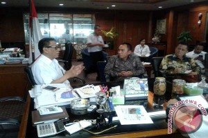 Bupati Waykanan Minta Bantuan Kementerian Kembangkan Pariwisata