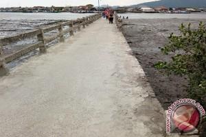 """Pembatas Jembatan Pulau Pasaran """"hilang"""""""