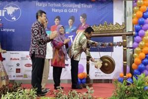 Gubernur: Promo Garuda Indonesia Tingkatkan Volume Penerbangan