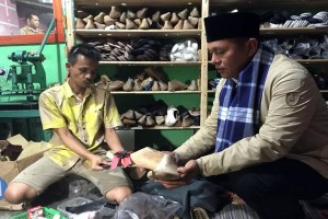 Lampung Tengah Kembangkan Industri Kecil
