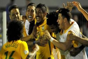 Trigol Paulinho Bantu Brazil Taklukkan Uruguay