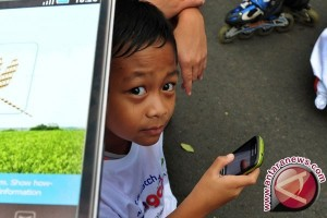 Kemenkes: Gawai Tingkatkan Gangguan Visus Mata Anak
