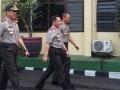 Kapolri Jenderal Tito Karnavian dan  Kapolda Lampung Irjen Sudjarno tengah jalan bersama dalam kunjungannya di Polda Lampung, Kota Bandarlampung, Jumat (7/4). (ANTARA Lampung/Roy BP/yoks)