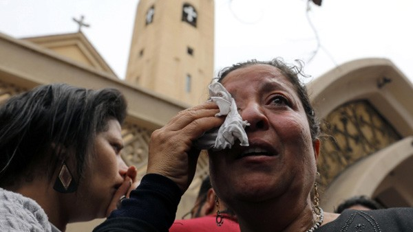 Gereja dibom pada Minggu Palma, 44 orang tewas