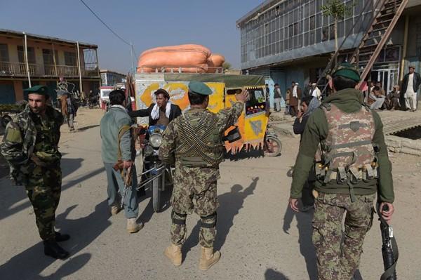 Markas Besar polisi Afghanistan diserang