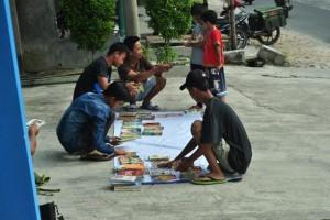 Pelajar Sragi Lampung Selatan Buka Lapak Buku