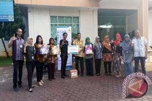 PLN Lampung Donasikan Buku ke Armada Pustaka