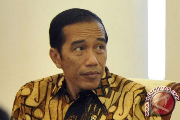 Presiden saksikan pembagian paket sembako di Ciawi
