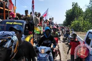 Petani Lampung peringati Hari Buruh dengan damai